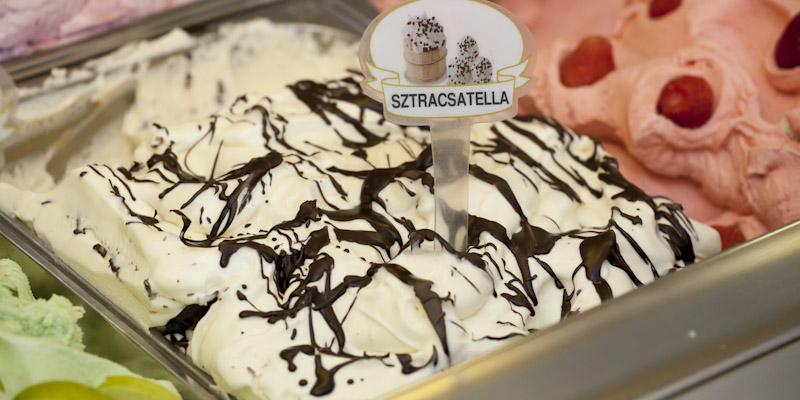 Sztracsatella fagylalt